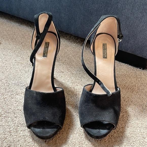 Black Peep Toe Sandals